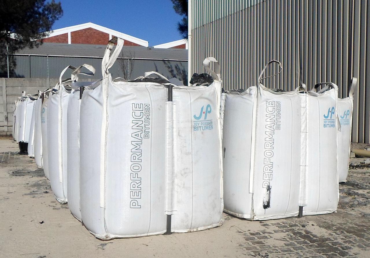 Pörner Bitumen Bag™ P-type stored outdoors